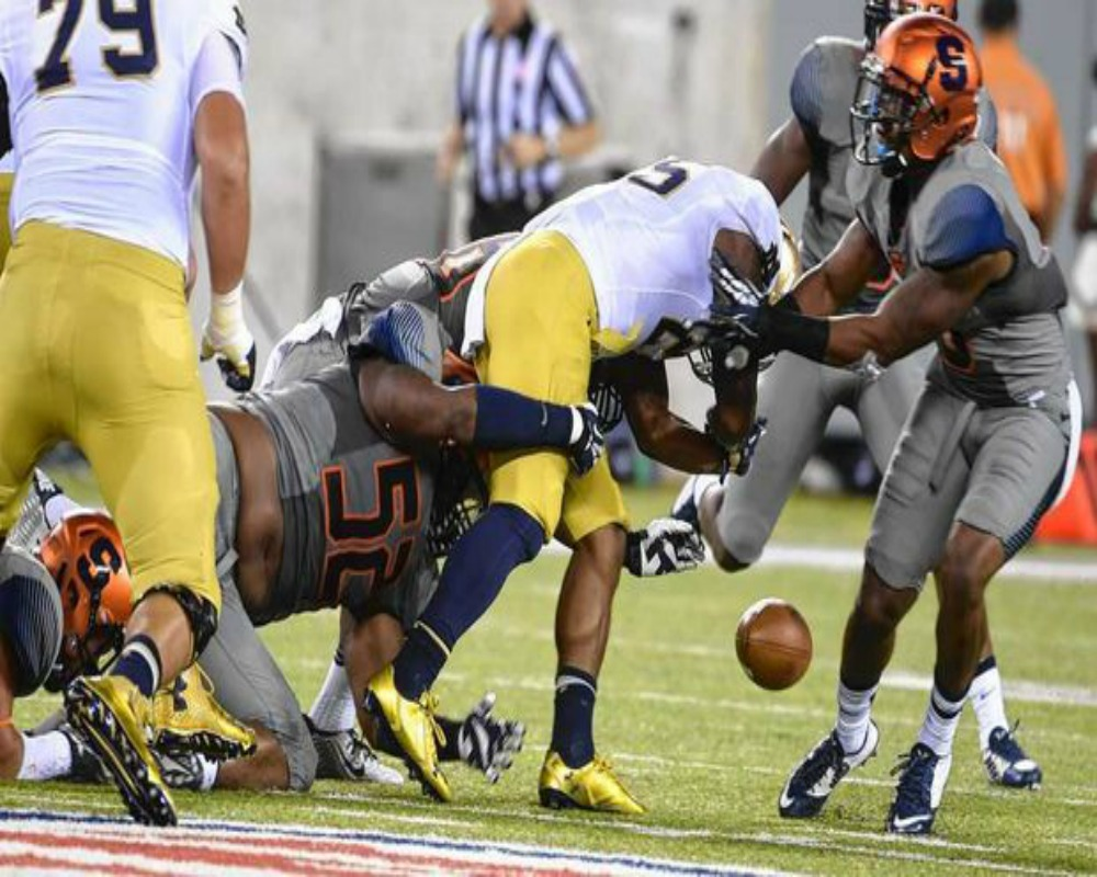 Thud: Syracuse Offense Falls Flat against Notre Dame