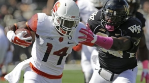 Philips Growing 'Comfortable' in New-Look SU Offense