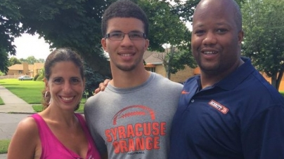 "2017 'Cuse Linebacker Commit Isaiah McDuffie Is, ""Staying With The Orange"""