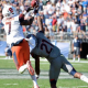 Syracuse Outlasts UConn, 31-24