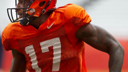Syracuse WR Jamal Custis Lights Up Spring Practice Scrimmage